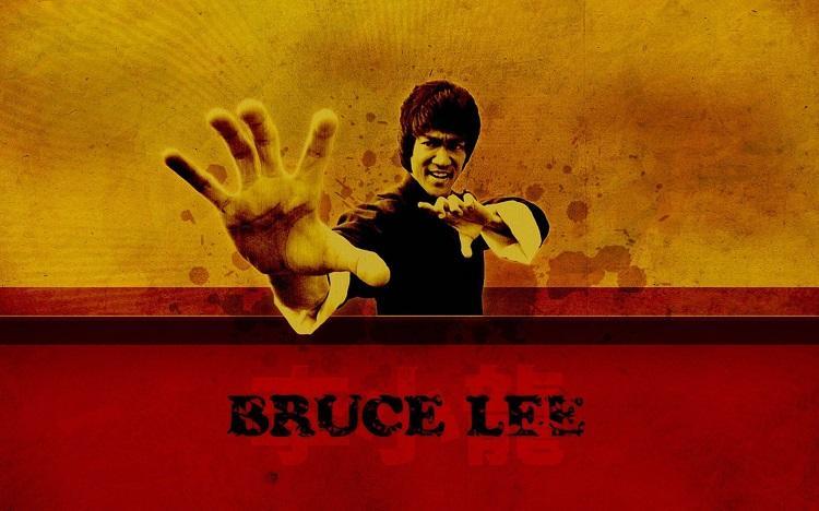 10 قانون موفقیت بروس لی