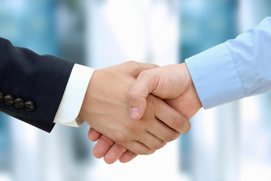 تعهد داشتن نسبت به مشتری