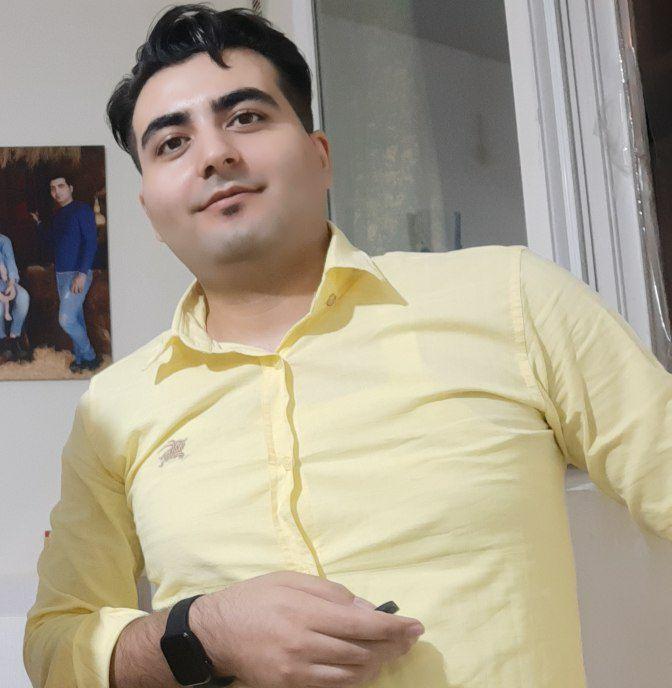 حسین نعمتی نویسنده جزوه فالو و فالوئر شدن